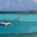 Katamaran vor Anker, St. Vincent and the Grenadines